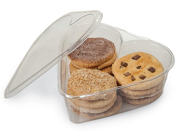 18 oz Heart Plastic Food Containers 8x8x1-1/2""