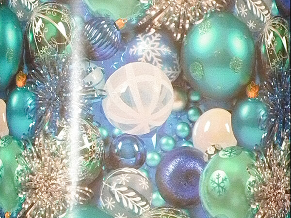 """Photo Ornaments Wrapping Paper 24"""" x 417', Half Ream Roll"""